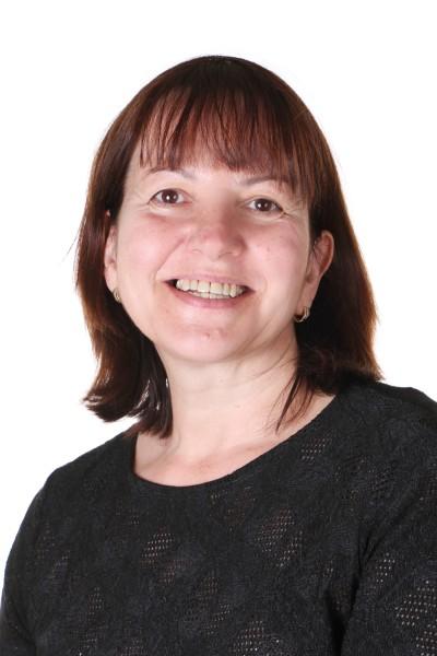 Cristina Guler : Nursery Nurse