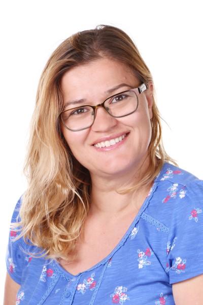 Deshira Berisha : Midday Meal Supervisor