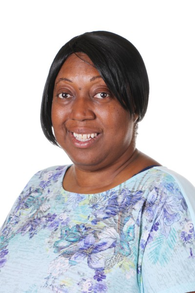 Patricia Alozie : Teaching Assistant