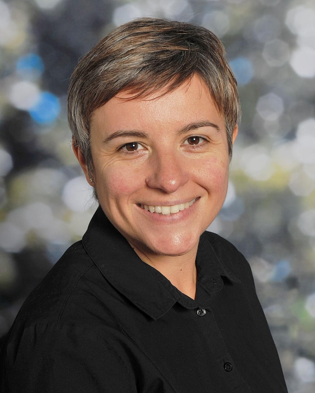 Claire Huckle : Admin Assistant